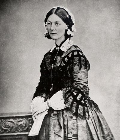 Florence_Nightingale_three_quarter_length